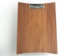 カコイプロダクツの天然木のクリップボード‐カリン